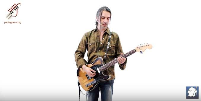Uso de la púa en la guitarra y ejercicios de calentamiento